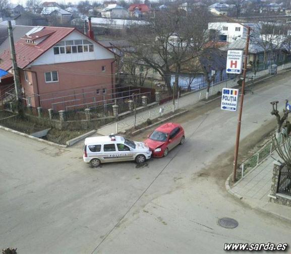 Ostia coche policia
