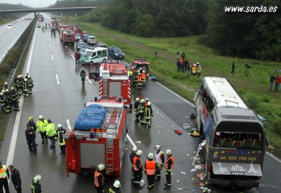 accidente grave autobus en autopista
